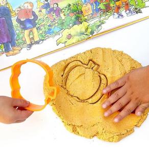 2 Ingredient Pumpkin Play Dough