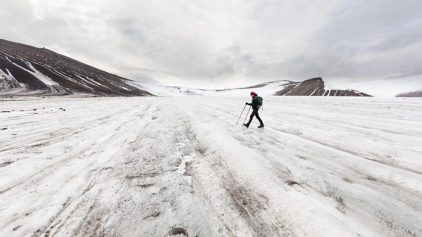 På Larsbreen - Foto: Alexander Lembke