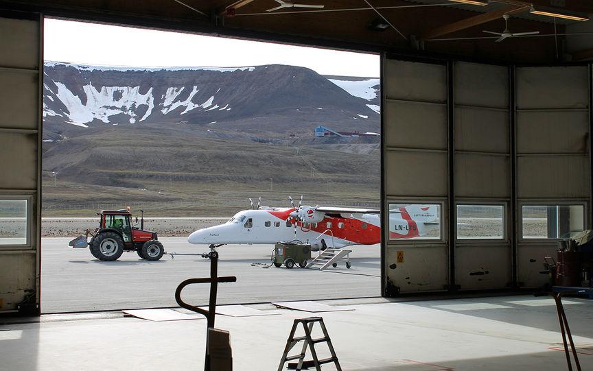 Flyplassen i Longyearbyen.