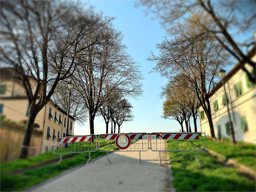 The famous wall of Lucca, closed for now.