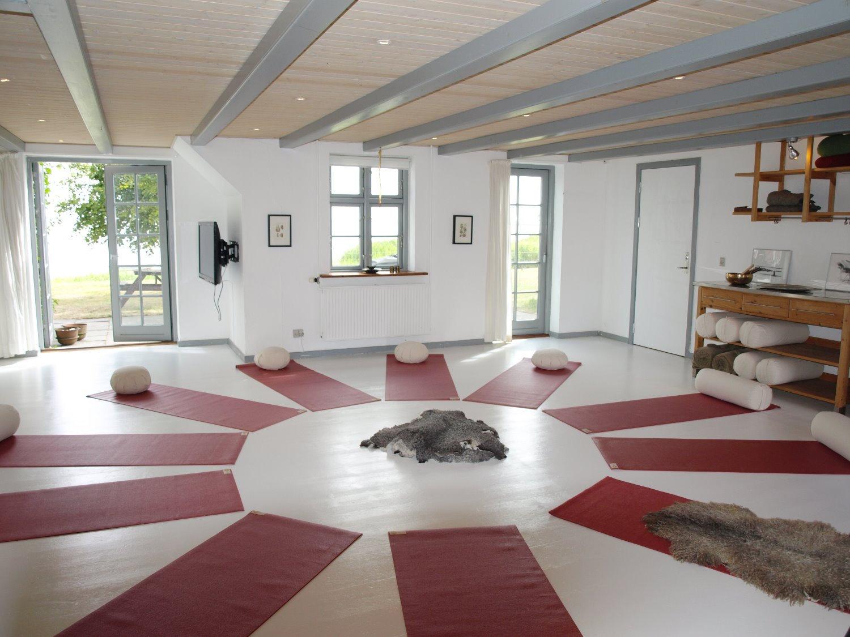 10 x Yoga og afspænding - formiddagshold