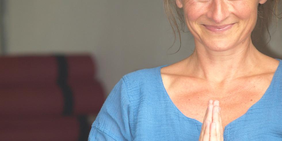 Lørdagsforkælelse - nyd en dag i yogaens verden (Nykøbing Mors)
