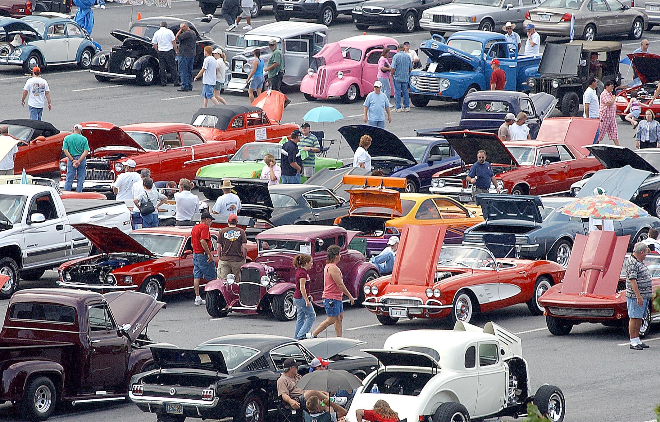 8-car-show1.jpg