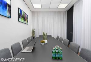 חדר ישיבות 2.jpg