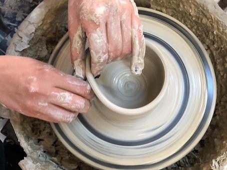 Pottery Wheel Throwing Workshop / Εργαστήρι Τροχού Κεραμικής