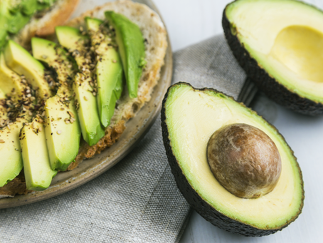 3 reasons you should eat fat everyday (yes, really!)