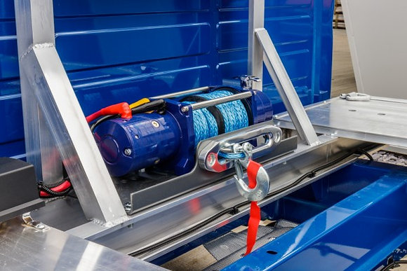 AMS Winch in Blue