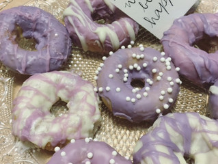 RECIPE: White Chocolate Doughnuts