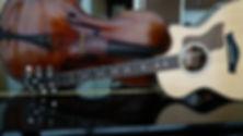 GuitarChello sobre Piano CVC07286.JPG
