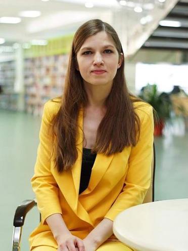 Dr. Olena Uvarova