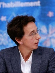 Cristina Tebar Less
