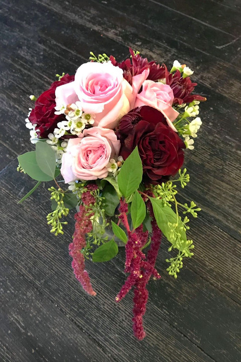 burgundy n' blush bridesmaid bouquet