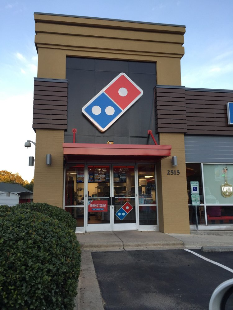 Domino's Dilworth