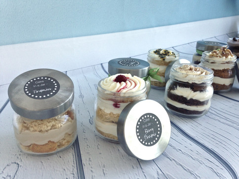 Cakes in a Jar