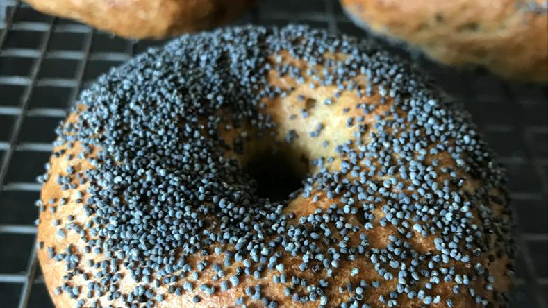 Poppy Seed Bagels ©FlourRebels