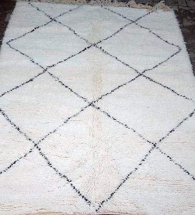 tapis berbère beni ouarain laine losange blanc noir fait main marocain Moodbox