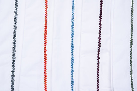 draps tounaïa femmes de tazert moodbox brodé à la main