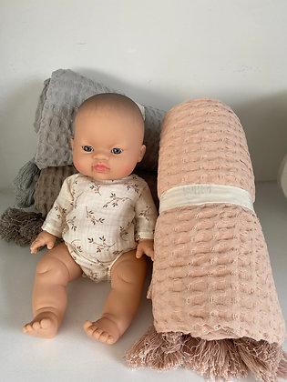 Plaids coton gauffré rose taupe gris chambre enfant fille garçon petit Nattiot Moodbox