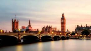 Inglaterra passa a exigir resultado negativo para a COVID-19 para todos os passageiros