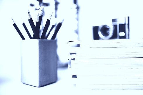 Magazine%2520Pile_edited_edited.jpg