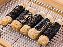 Seaweed wrapped fish cakes