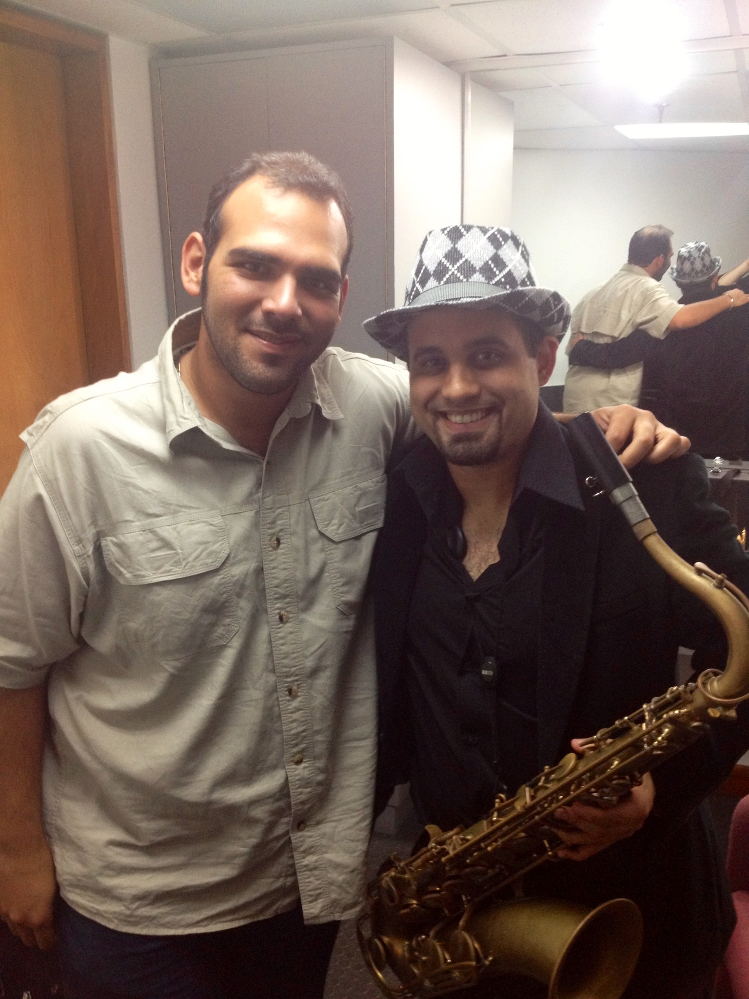 W el Compaito JorgeGlem before the show
