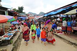 mercado bac ha, vietnam