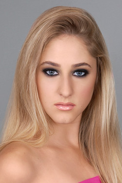Dramatic Makeup