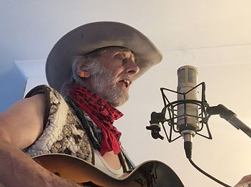 Graham Dee recording Ballad of Old Covid in lockdown