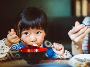 Crianças X restaurante: o que esperar?