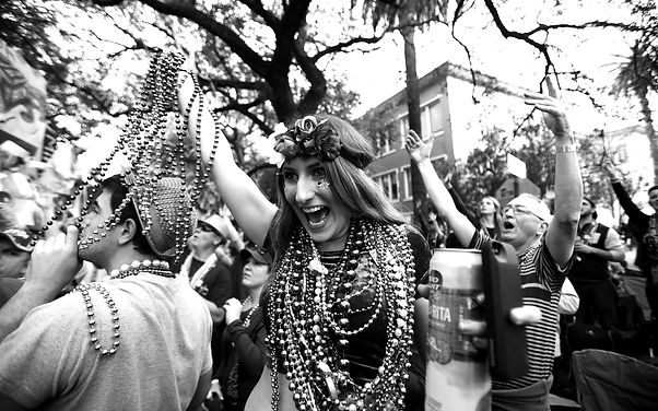 Mardi-Gras-Parade-New-Orleans-02-FATTUES