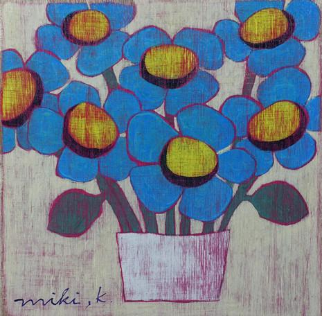たくさんいける青い花