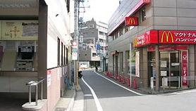 3改札を出たら渋谷方向に戻る.jpg