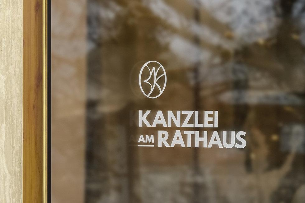 Schaufenster_Kanzlei_2021.jpg