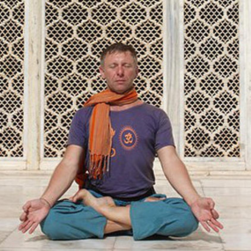 Mula-bandha w praktyce asan i pranajamy