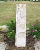 Lilien Grabdenkmal