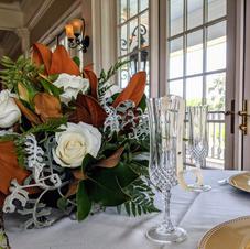 Sweetheart table bouquet