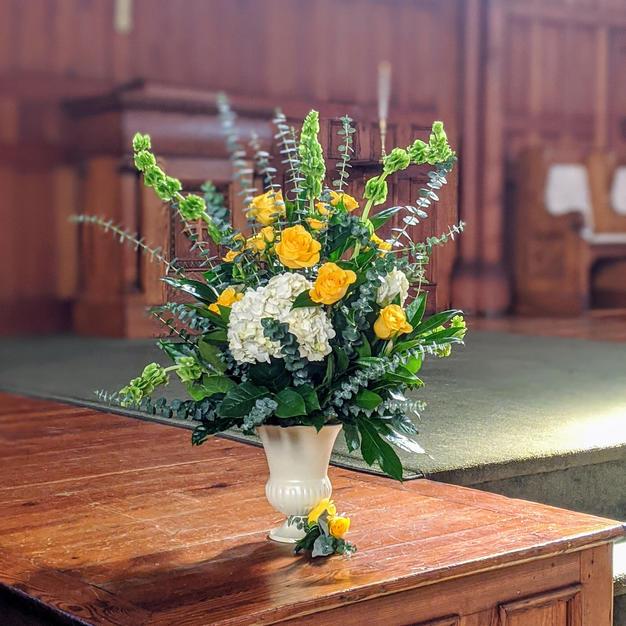 Wedding altar arrangement