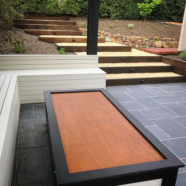 Pergola seating and storage table #vandi