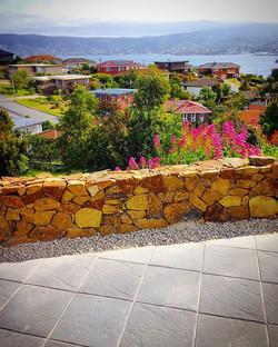 Stone wall Bellerive #vandiemenslandscapes #landscaping #landscapedesign #gardendesign