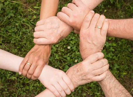 המעגל המלחיץ של המזיעים בכפות הידיים