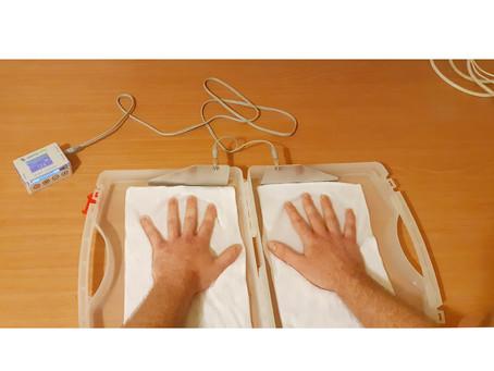אז מה עושים כאשר סובלים מהזעת יתר בכפות הידיים והרגליים?