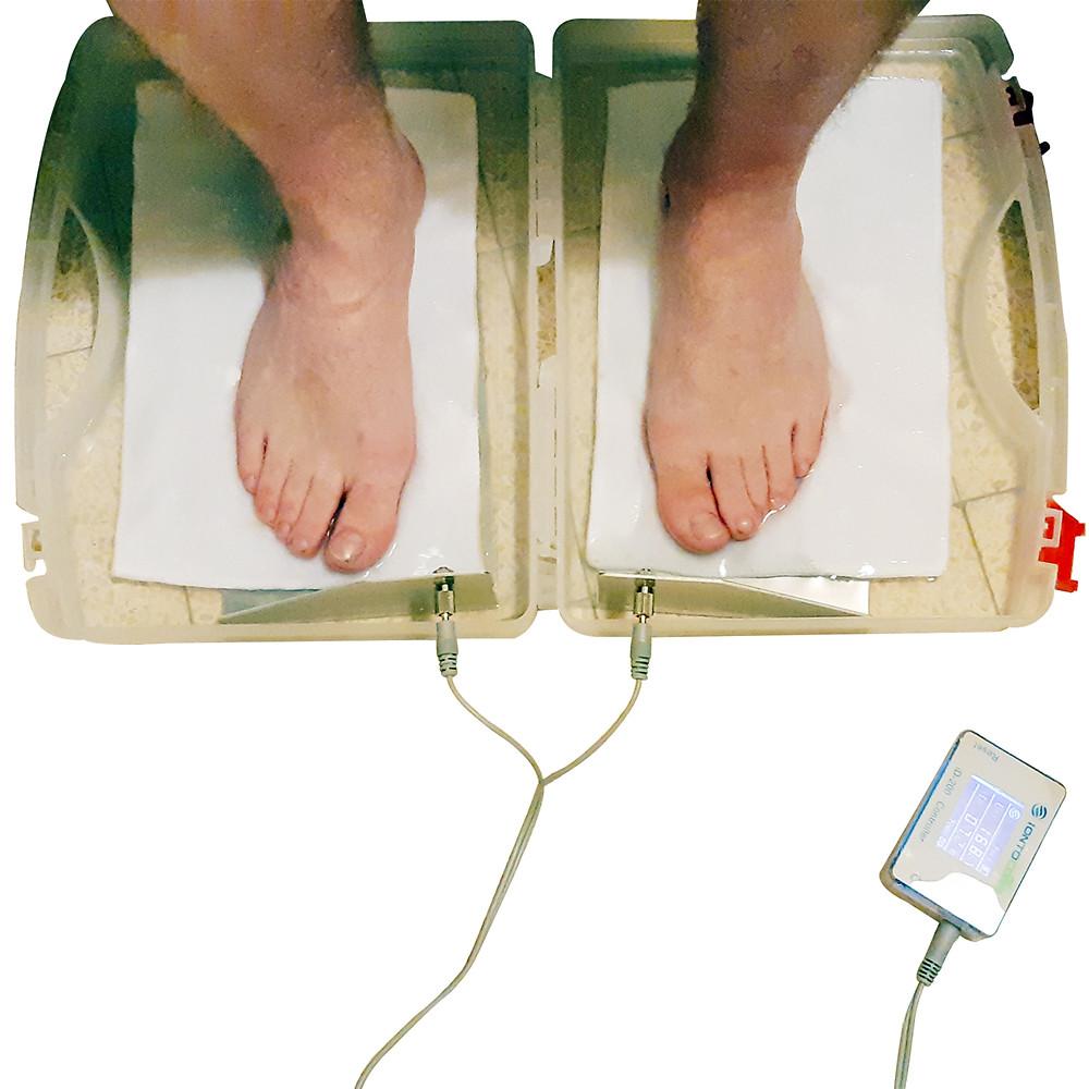המכשיר למניעת הזעה בכפות הרגליים והידיים