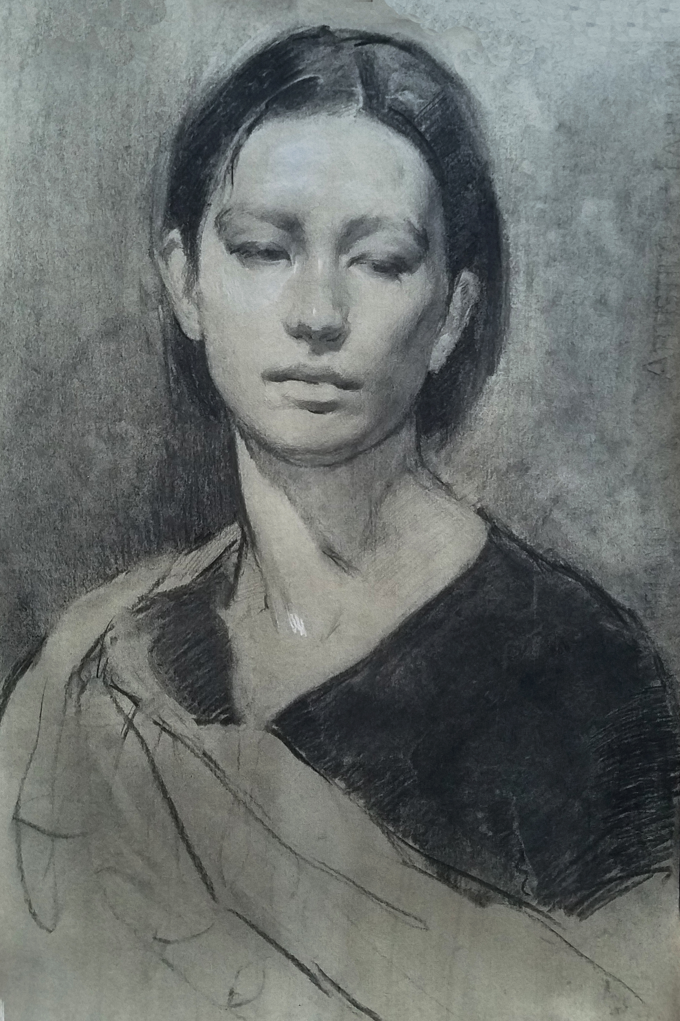 Alana in Charcoal