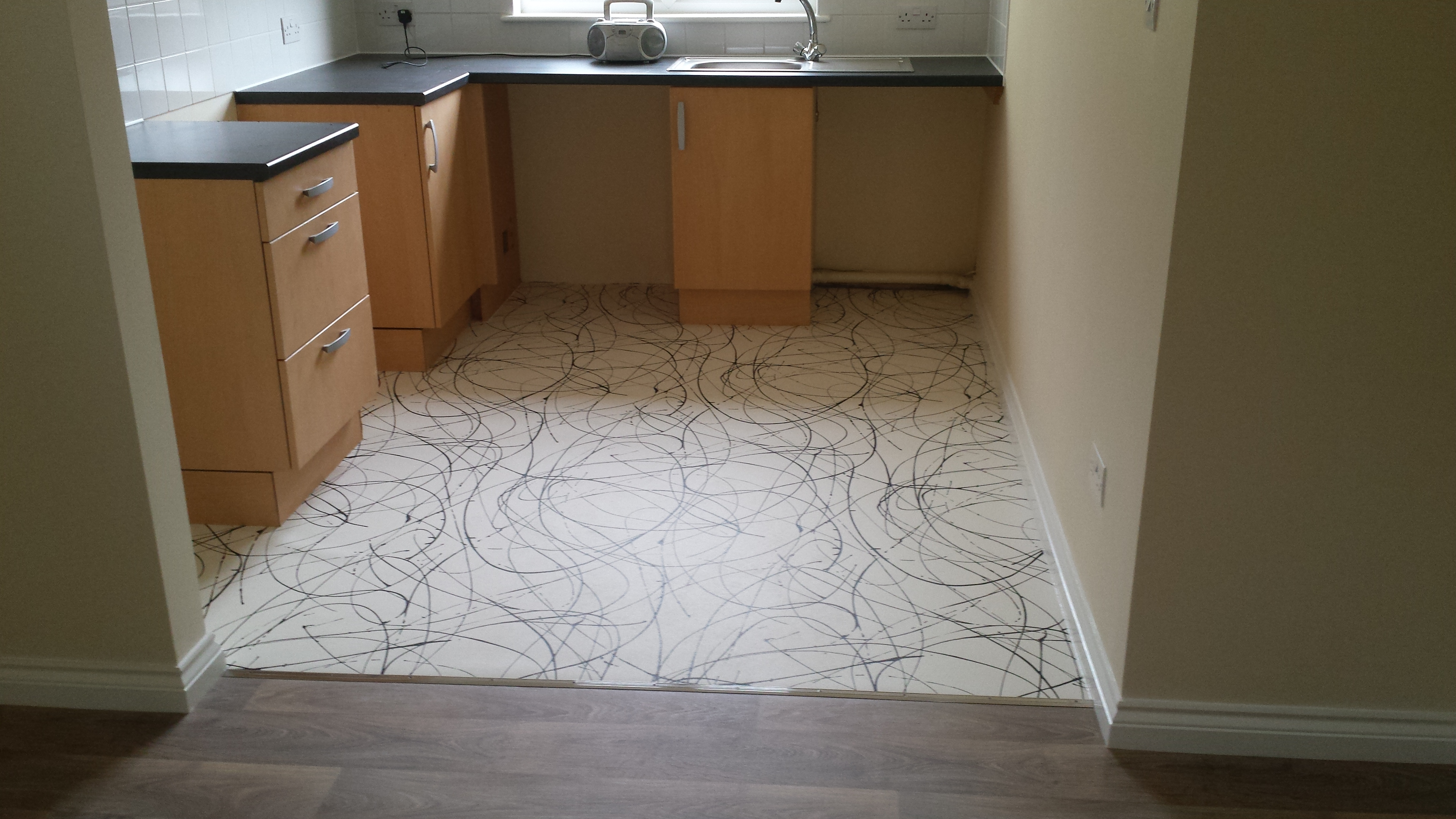 Vinyl flooring (2)