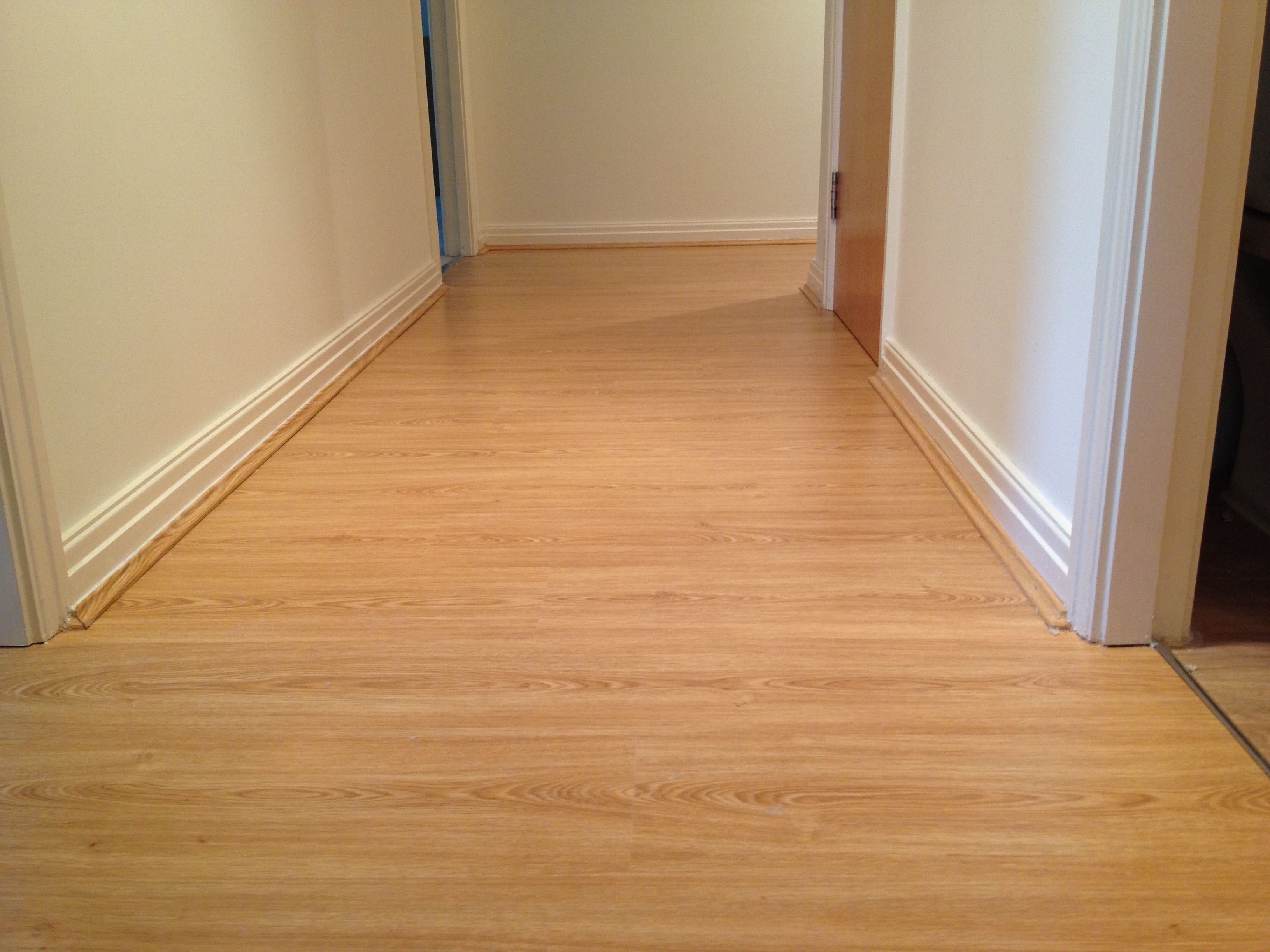 Recently fitted Laminate & Stock carpet  (8).JPG