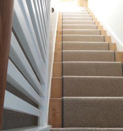Royal Widsor Wool carpet with Dark Grey edging  (3).jpg
