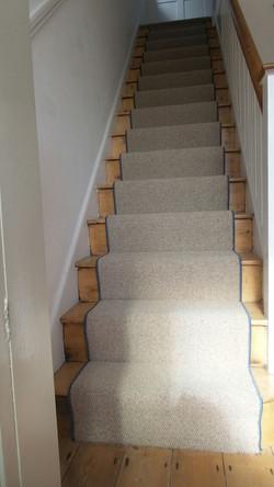 Royal Widsor Wool carpet with Dark Grey edging  (5).JPG