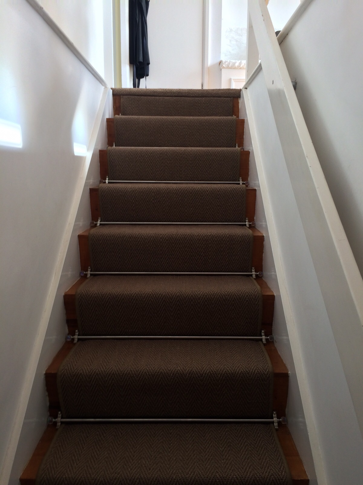 Alternative, Sisal Herringbone with Crystal Stair Rods (2).JPG