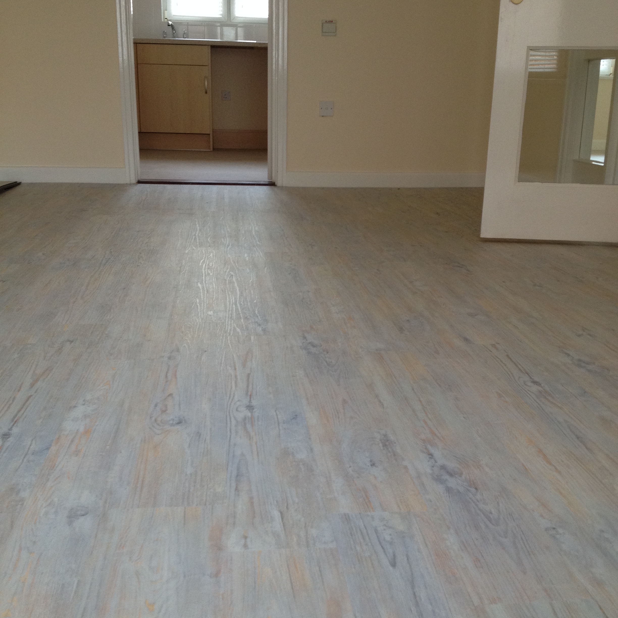 Camaro-Loc LVT Flooring, Smoke Limed Oak (3).JPG